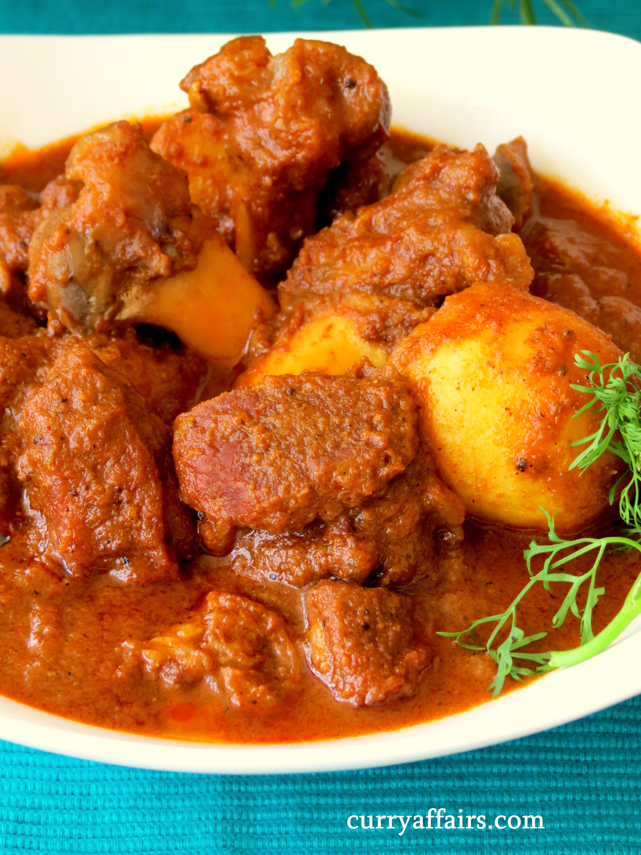 Kosha Mangsho (Bengali Mutton Curry) - CurryAffairs com