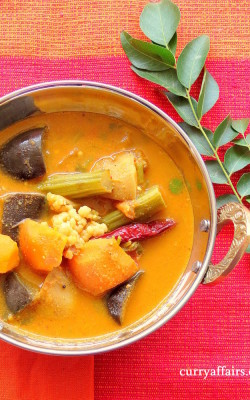 Kolmbo (Konkani mixed vegetable Sambar)